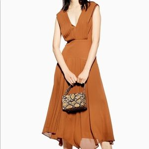 TOPSHOP Pleated Pinafore Midi Dress in Camel 4